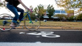 Bicycle_Lane_on_Eastern_Mennonite_University_Campus