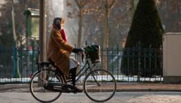 Cycliste_à_place_d'Italie-Paris